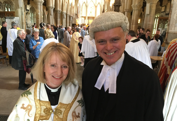 Double Deacon Day - twenty new curates ordained at two
