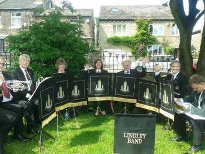 Hello from Lindley Band at the Big Picnic