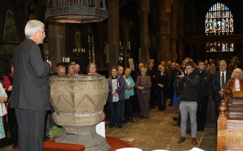 Jonathan speaks to clergy and community leaders at Halifax Minster
