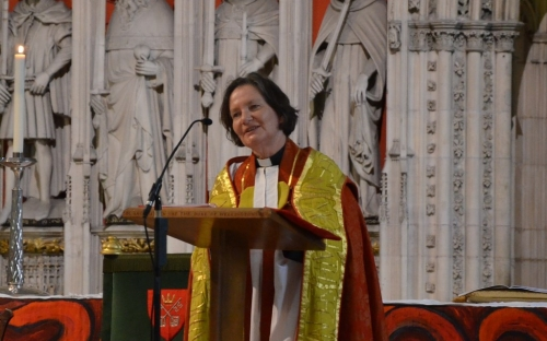 The Dean of York Minster, Very Revd Vivienne Faull welcomes the congregation