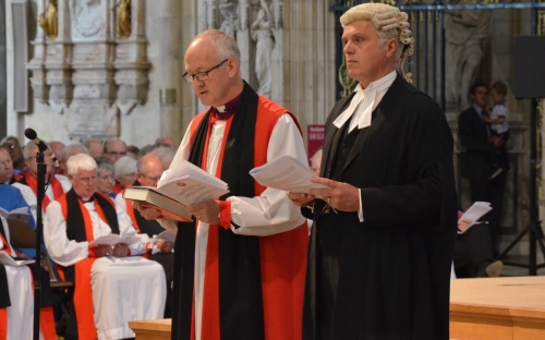Bishop Nick Baines takes the Oath of Allegiance